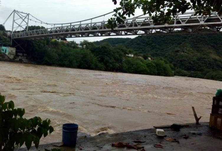 Municipios-deberán-activar-comités-de-emergencias-por-alerta-en-el-rio-Magdalena.jpg