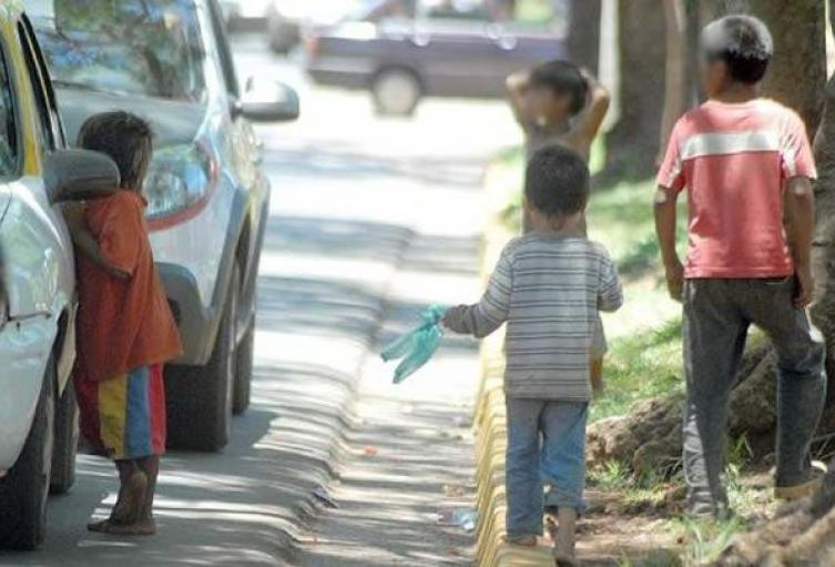 Niños-calle-Tarija.jpg