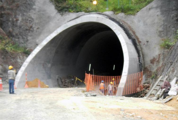 Túnel-de-la-Línea.jpg