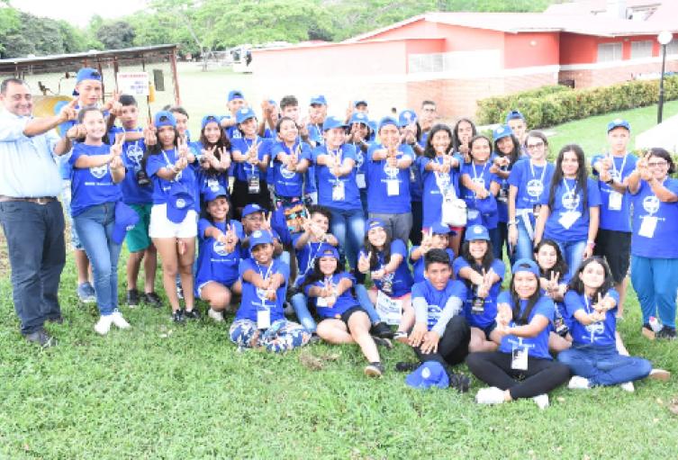 encuentro-juvenil-de-lideres-sociales.png