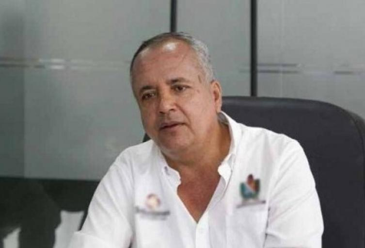 scar-Barreto-gobernador-del-Tolima_r0._0.jpg