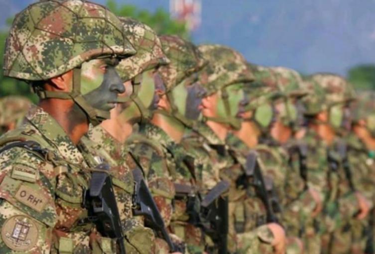 uniformados_del_ejercito_7_0.jpg