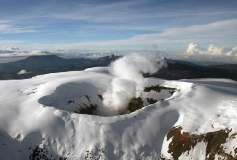 volcan_nevado_del_ruiz_0.jpg