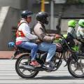 Proponen prohibir el parrillero en Bogotá