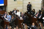 La bancada del Centro Democrático estuvo al tanto de la defensa de Alberto Carrasquilla.