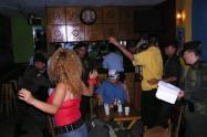 Evaluarán legalidad de bares