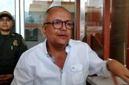 Gobernador respondió a contradictores políticos, a quienes calificó ancianos de la política