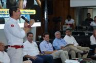 Los candidatos a la alcaldía firmaron compromiso para trabajar con los gremios