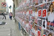 La publicidad exterior visual, carteles, pancartas, afiches, perifoneo y vallas publicitarias reguladas en el Código de Policía