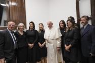 Papa Francisco en reunión con primeras damas de Latinoamérica