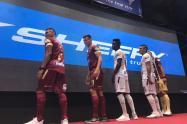 nueva indumentaria del equipo Deportes Tolima