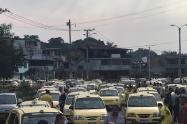 Plantón taxistas en Ibagué
