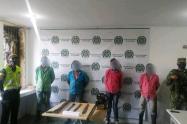 Los capturados fueron dejados a disposición de la Fiscalía 32 seccional Honda, por el delito de aprovechamiento de recursos naturales