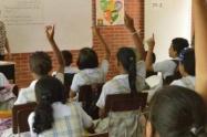 Regreso paulatino y gradual de los estudiantes a las aulas de los colegios públicos en medio de la pandemia Covid-19