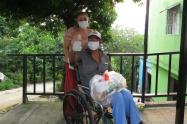 A la fecha se ha entregado ayudas alimentarias y kits de aseo, a cerca de 250 loteros principalmente adultos mayores