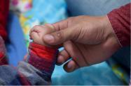 Protección de los niños por parte de sus padres y adultos mayores.