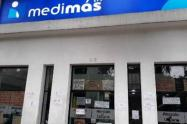 Las EPS reportadas por deficiencias en el servicio Línea Covid, se destacan La Nueva EPS, Commeva, Comparta Medimas, Salud Total, y Sanitas