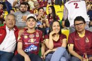 Hinchas en el estadio Tolima - Tomada de Internet