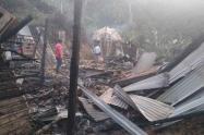 Un corto circuito ocasiono la perdida de una vivienda en timana Huila.