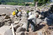 Recolección  basuras río Magdalena