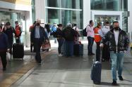 Llegada de vuelos en El Dorado