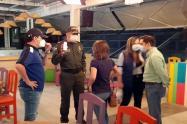 Imagen de referencia de bares-Policía Metropolitana- Inspección