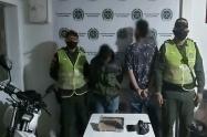 Venezolano y menor colombiano atracar con arma en Ibagué