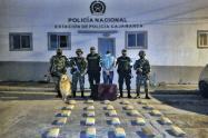 Incautan 29 kilogramos de marihuana en un bus sobre la vía a Cajamarca