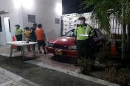 Capturaron a tres personas que se movilizaban armadas en un vehículo por El Espinal