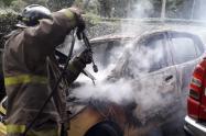 Se incendió un taxi en la vereda Cay de Ibagué