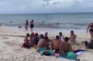 Turistas en San Andrés después del paso del huracán Iota