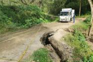 Vía terciaría en el sector de Calambeo