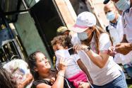 entrega de protocolos de bioseguridad a niños en Ibagué 2021