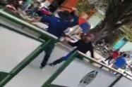 Policía de carabineros arriesgó su vida en medio de una machetera en Playarrica