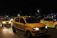 Acuerdo para lograr mejor  servicio nocturno de taxis en Neiva