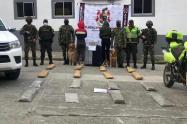 Sorprenden a venezolanas con 31 kilos de marihuana y un kilo de coca en Cajamarca