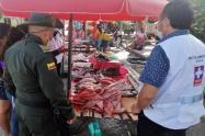 Policía Tolima realiza controles a ventas de pescado en esta Semana Santa