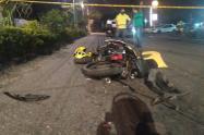 Taxista arrolló a una pareja de motociclistas, causando la muerte de uno de ellos sobre la 60 con Mirolindo de Ibagué