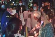 Comunidad realizó 'Velatón' respaldando a los policías en Ibagué