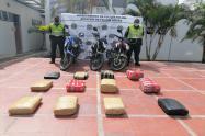 Incautaron millonario alijo de marihuana y tres motocicletas tras operativos en Valle de San Juan