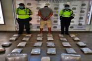 Pasajero llevaba en dos cajas 18 kilogramos de marihuana en la vía al Guamo