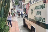 En el barrio La Carola de Manizales ocurrió el doble homicidio.