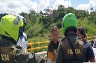 Funcionario de Ibagué Limpia le salvó la vida a hombre en el puente de la Variante