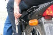 Motociclistas amenazaron con arma de fuego a busetero sobre la 24 con 8ª en Ibagué