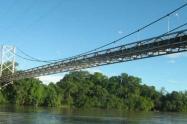 Cierres-viales-sobre-el-puente-Ospina-Maldonado-de-Purificación.jpg