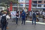 Protesta frente al comando de policía Ibagué