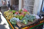 Vendedores de frutas, afectados por la falta de turistas
