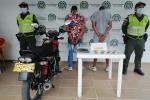 En Honda capturaron a pareja en moto con drogas