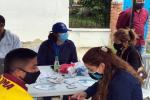 Personal del Ibal en la urbanización San Simón