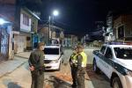 Policías en calles de Ibagué